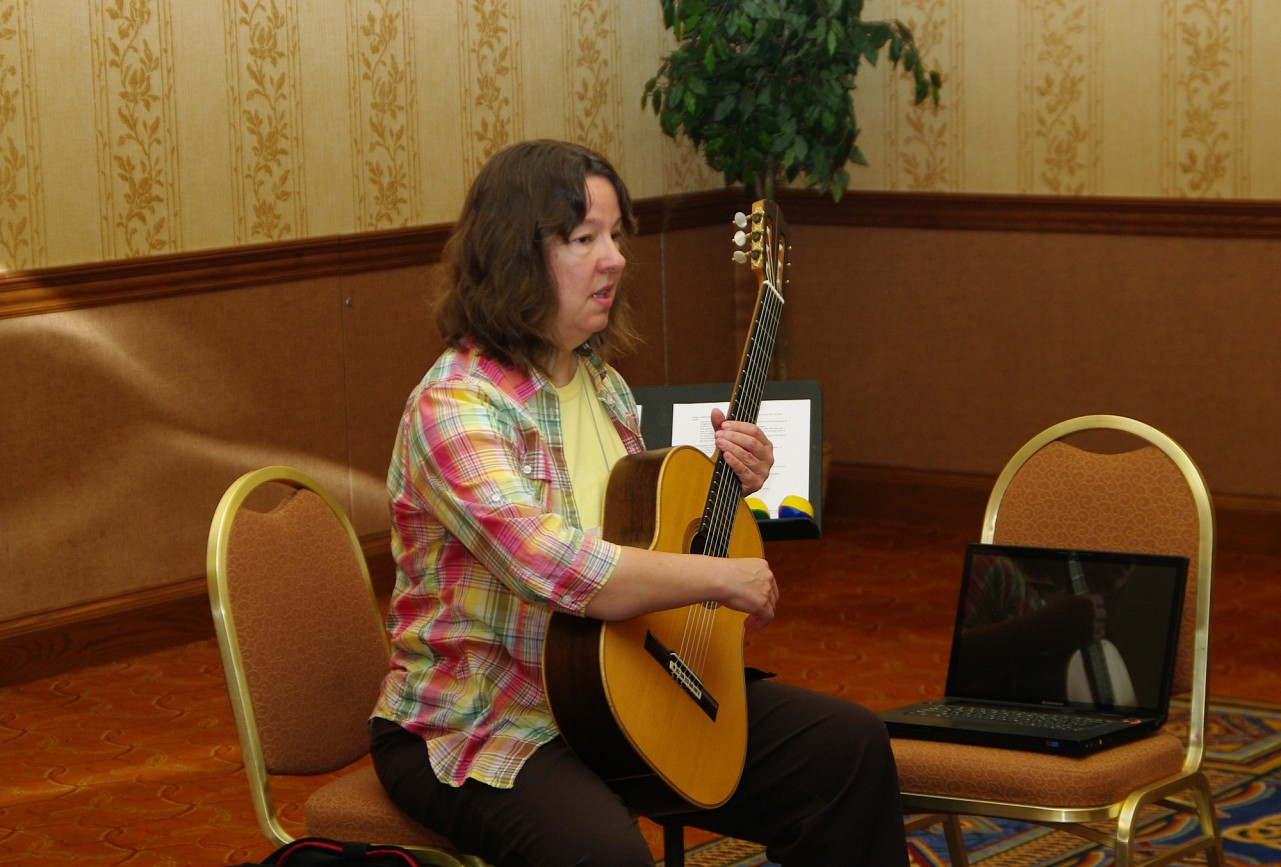 MaryLou Roberts gives a session at the 2010 Conference