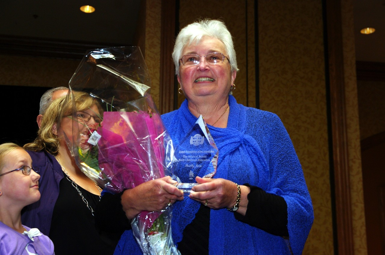 Dorothy Jones, CLC Award recipient, at the 2010 Conference