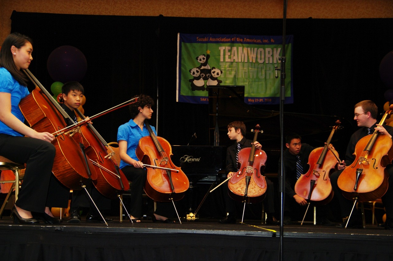Cellisimo performs at the 2010 Conference awards banquet.