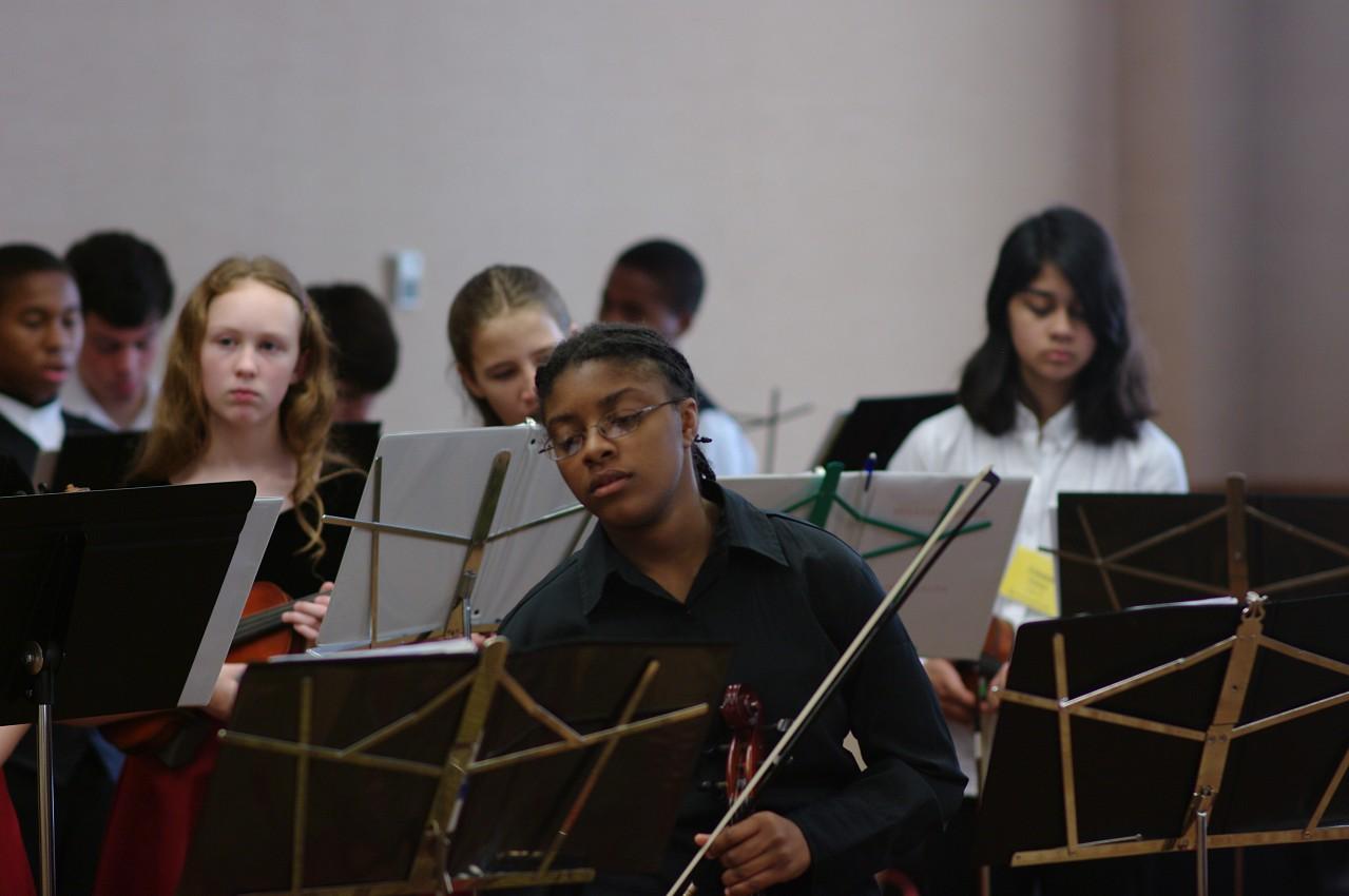 Bach viola ensemble rehearsal at the 2012 conference