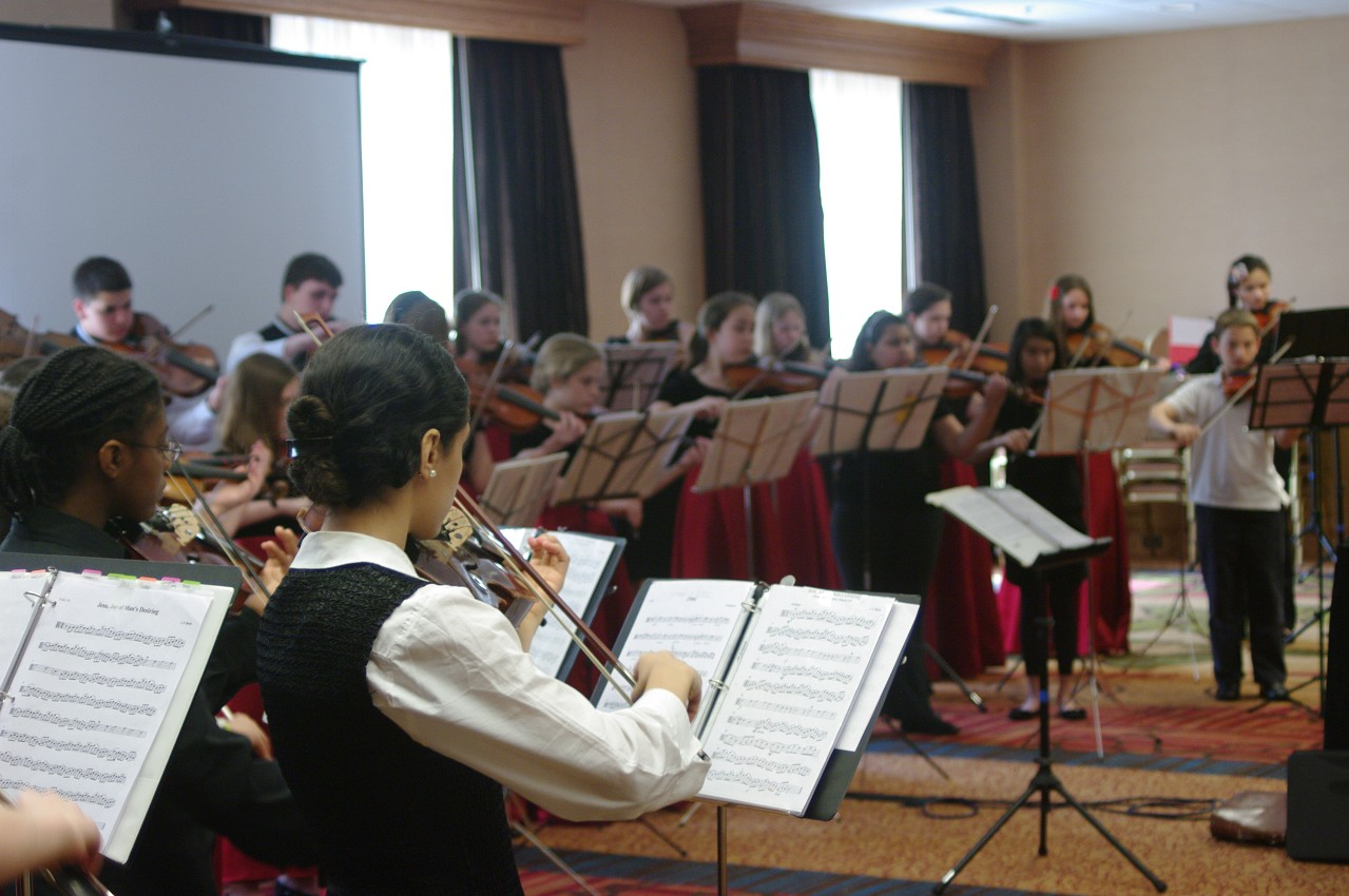 Bach viola ensemble session at the 2012 conference