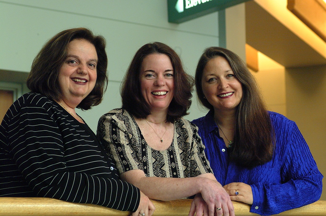 Teri Einfeldt, Linda Fiore, and Pam Devenport at the 2002 SAA Conference