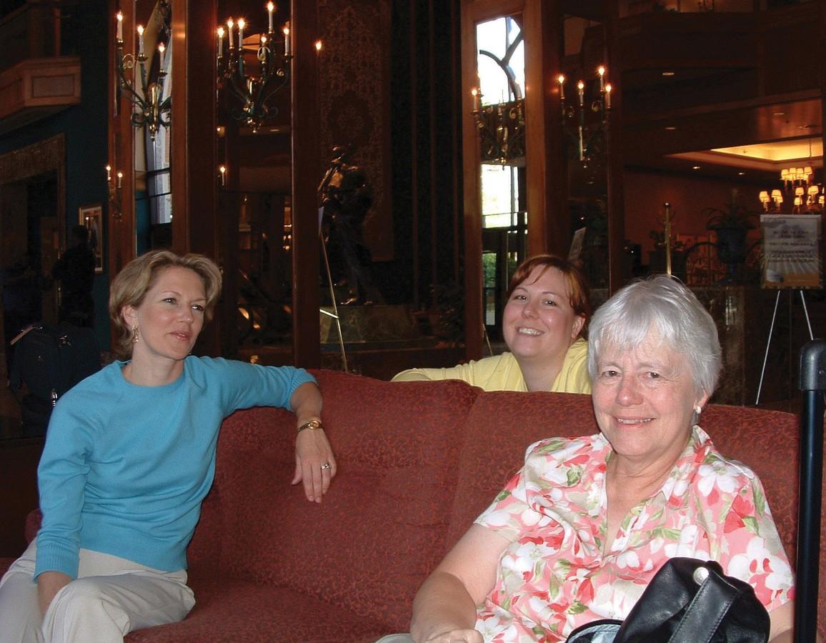 Karen Phelan, Jessica Metcalf, Hilton SAA liaison, and Anita Hamilton at the 2004 SAA Conference