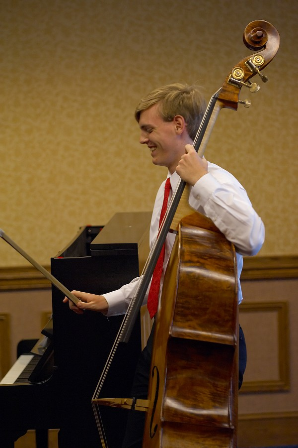 Bass student Alexander Willey of Utah in masterclass at the 2006 SAA Conference