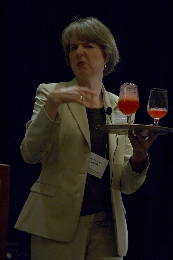 Keynote speaker Mary Sheedy Kurcinka at the 2006 SAA Conference