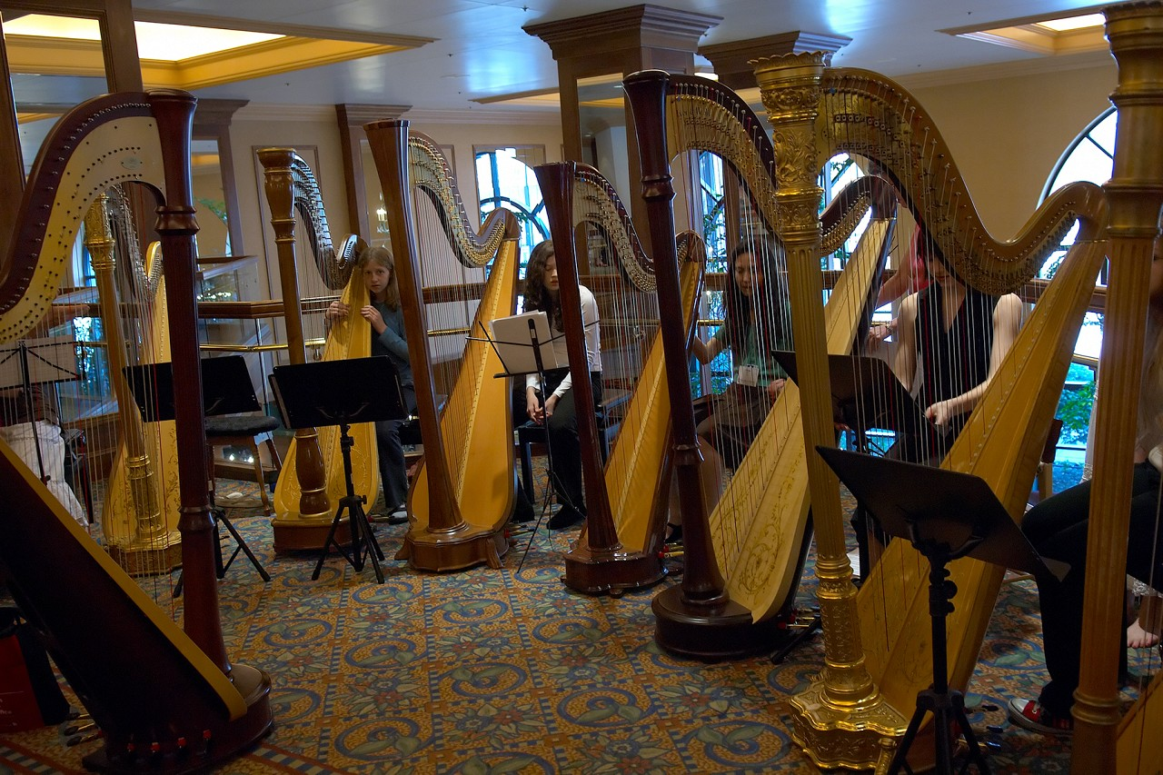 Harp choir performance at the 2006 SAA Conference