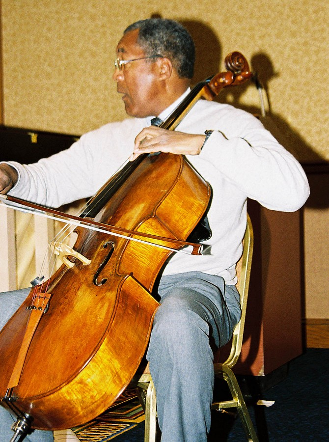 Anthony Elliott, cello clinician.