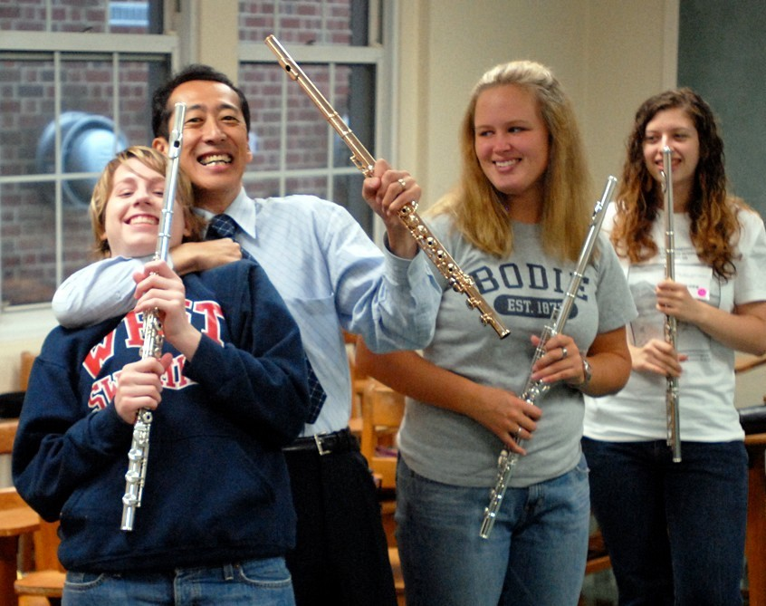 Kenichi Ueda and students at East Tennessee Suzuki Flute Institute