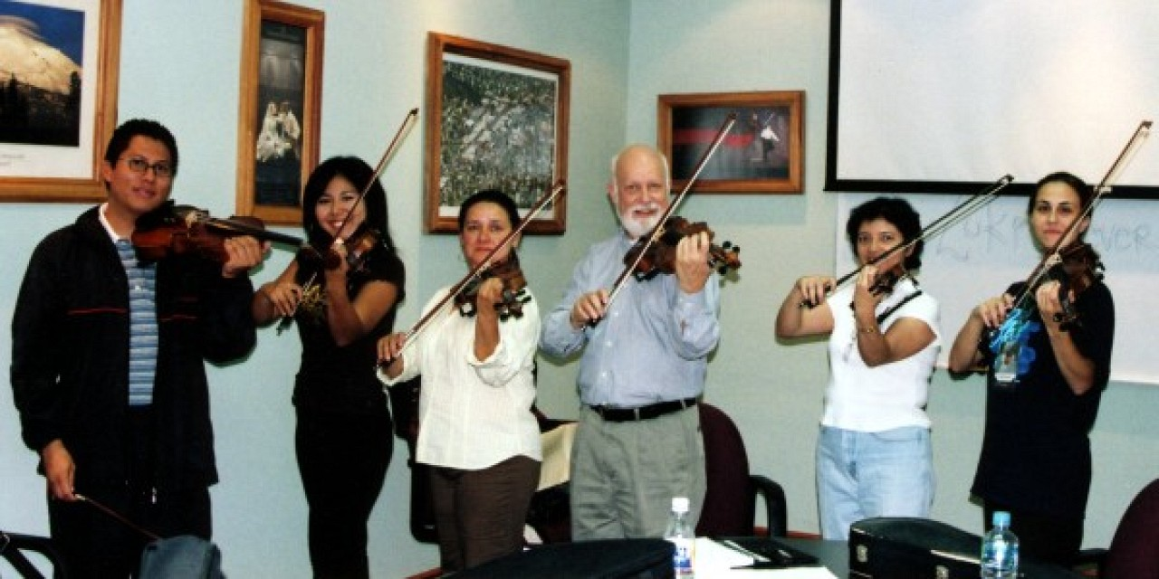 Violinists with Trainer Sandy Reuning