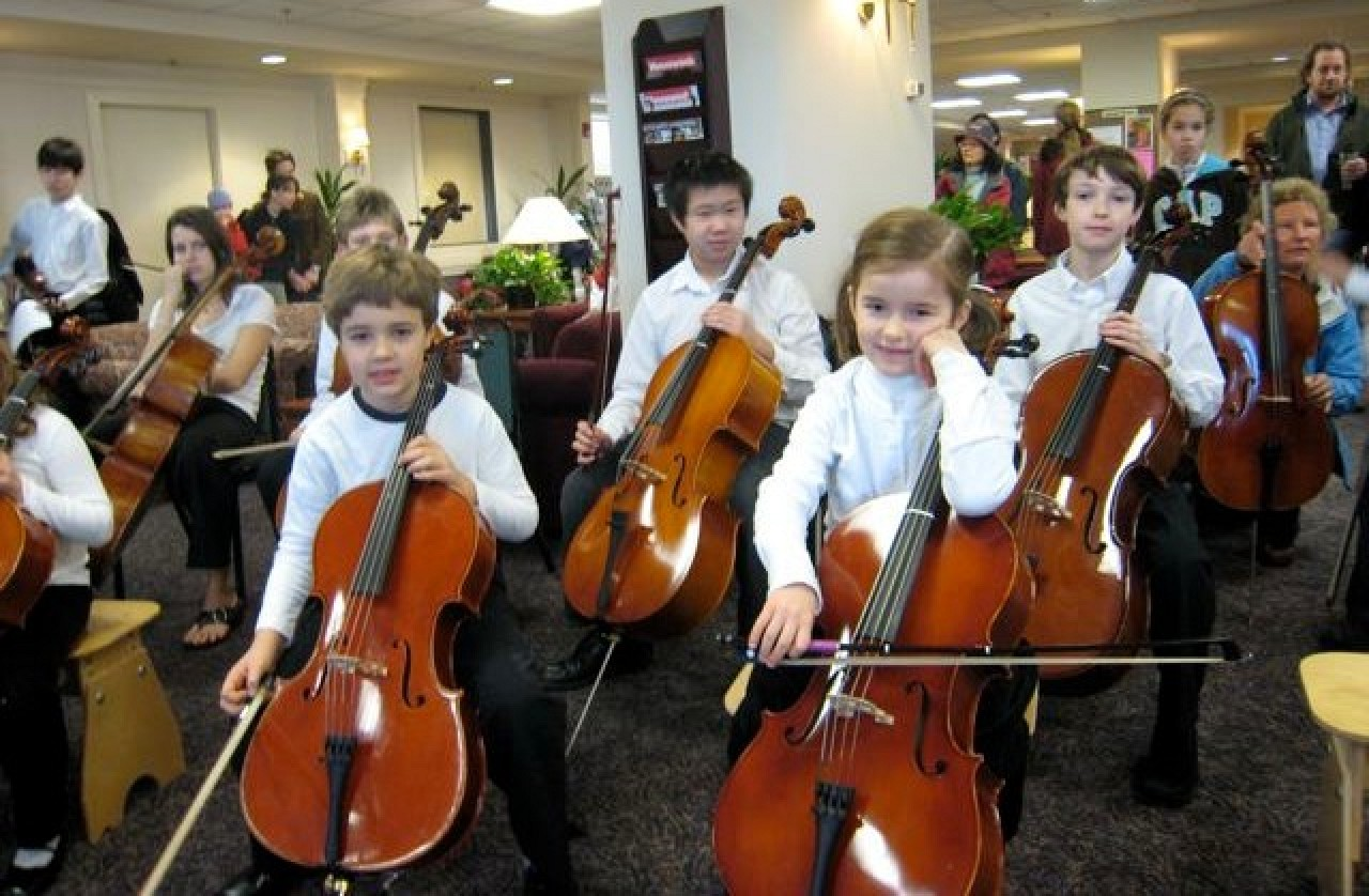 Cello students at Northwest Suzuki Institute