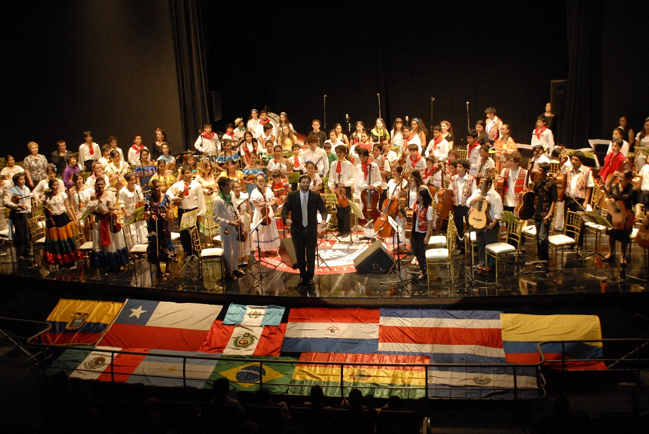 Gala Concert from Second Latin American Students' Gathering