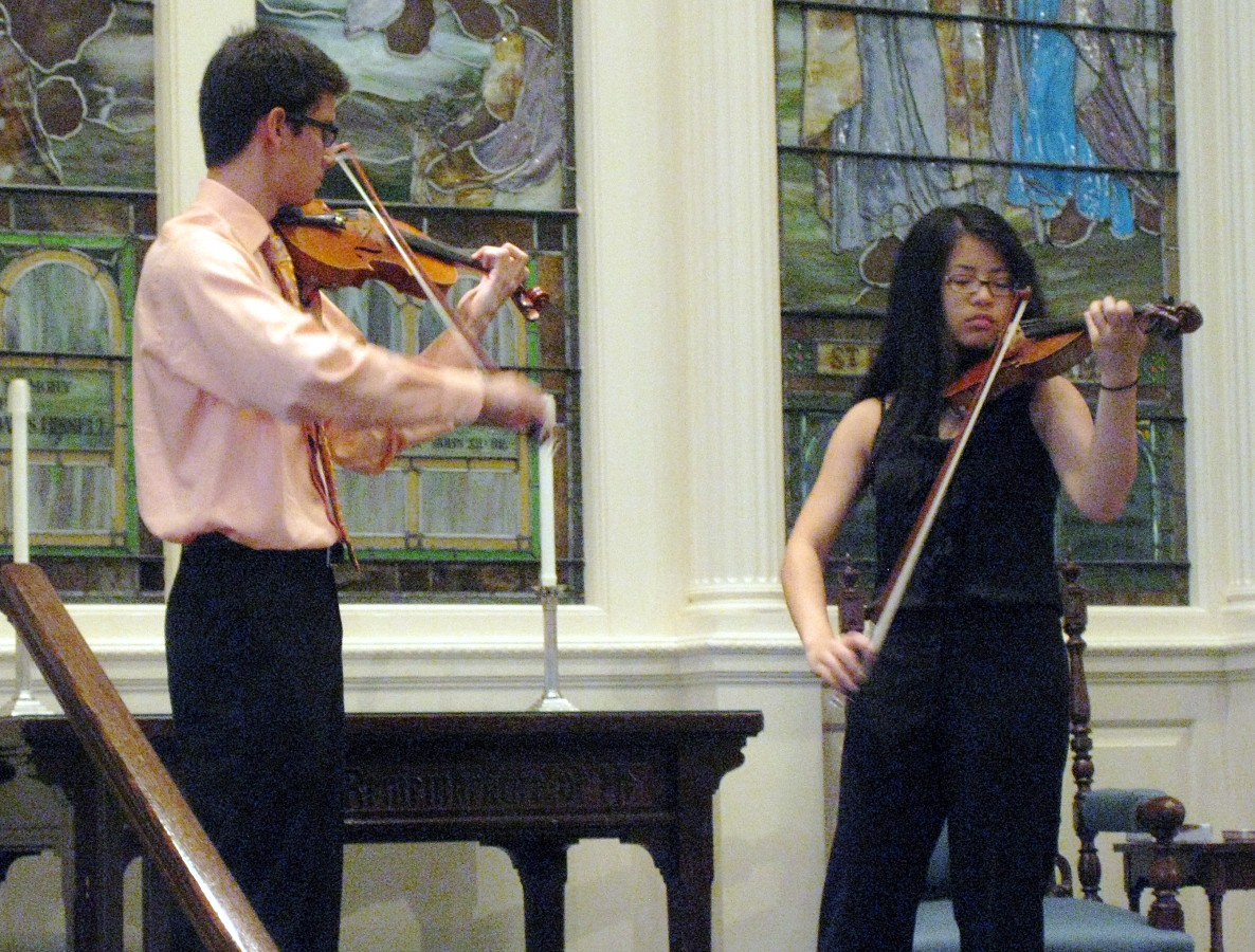 Luke Piscitelli with Anny Li playing the Sarasate