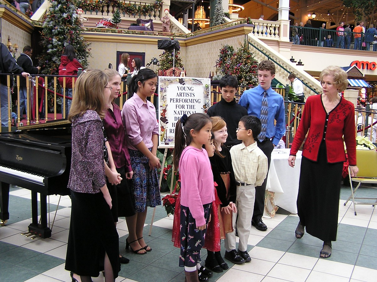 Piano students of Mary Craig Powell give a holiday concert