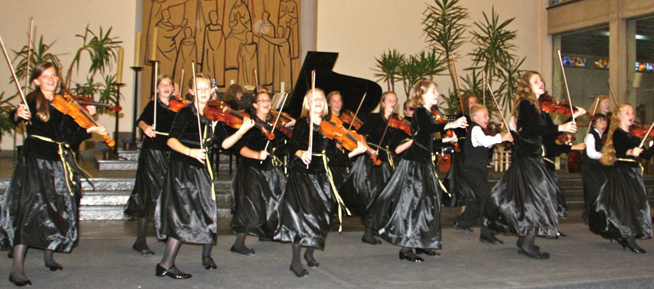 After two years of preparation, rocky Mountain Strings gives their concert in Turnout, Belgium