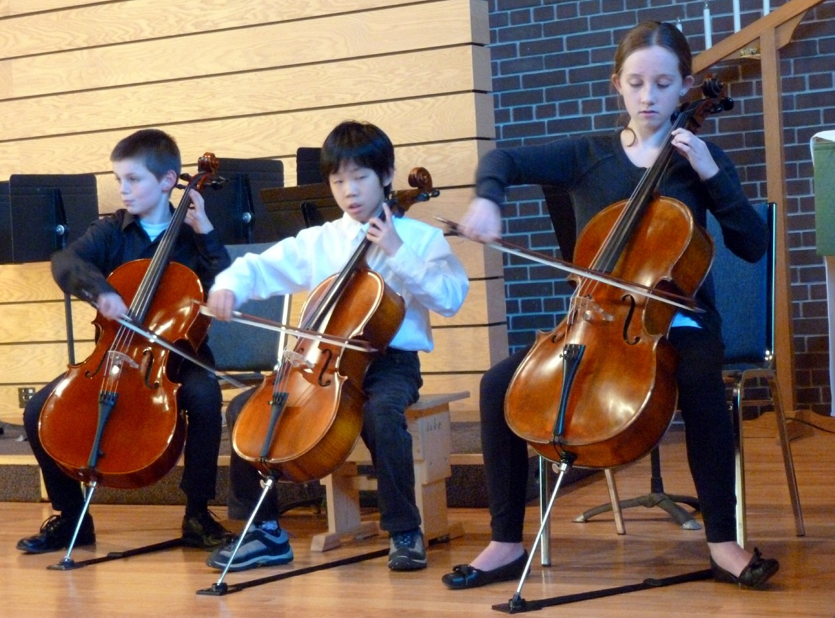 Cello students perform at the SAO Conference