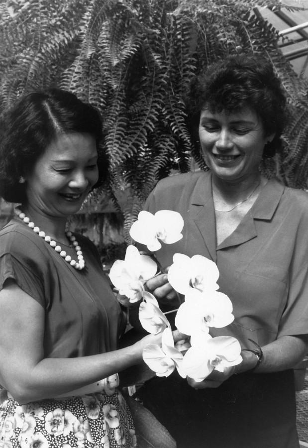 Yuko Honda & Lamar Blum with Suzuki orchid