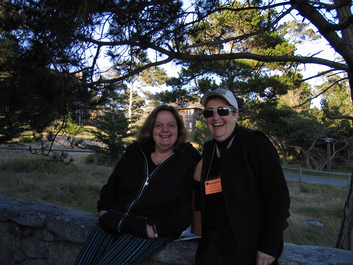 Teri Enfeldt and Gwendoline Thornblade at the 2005 SAA Leadership Retreat
