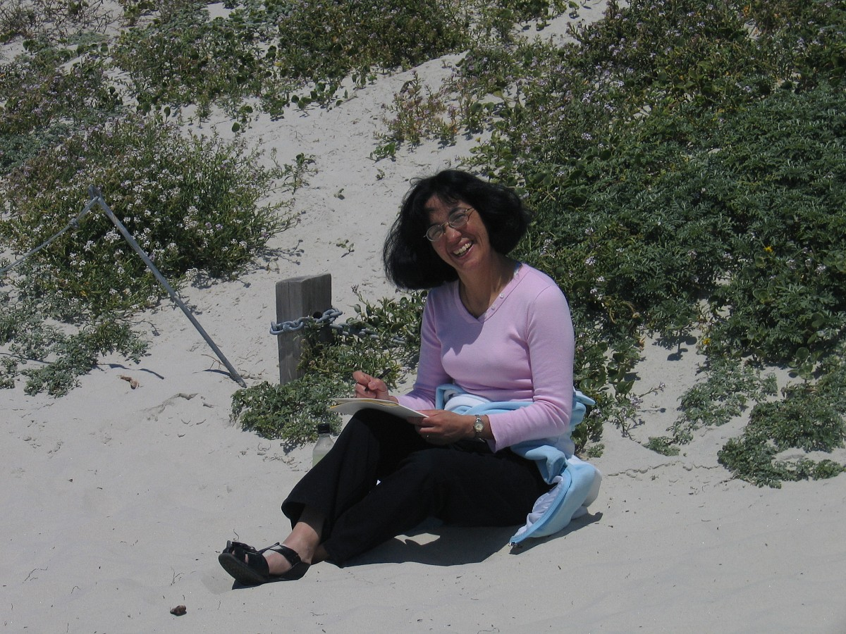 Cherie Larson on the beach at the 2005 SAA Leadership Retreat