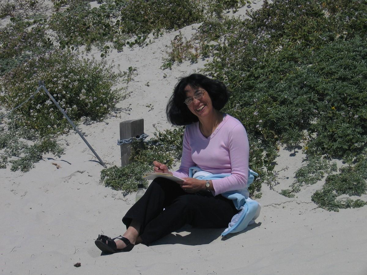 Cherie Larson on the beach at the 2005 SAA Leadership Retreat