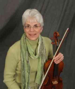 Linda Armstrong Rekas