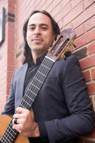Romulo Viana