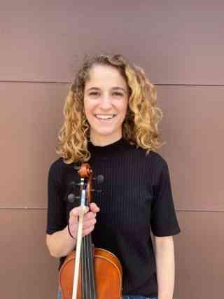 Naomi Schroeter