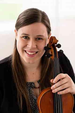 Madalyn Navis