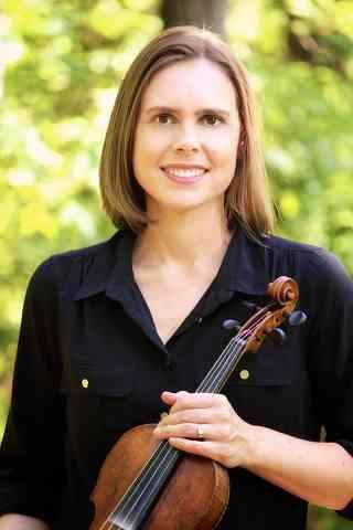 Lisa Deakins