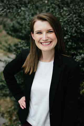 Sarah York Lahan