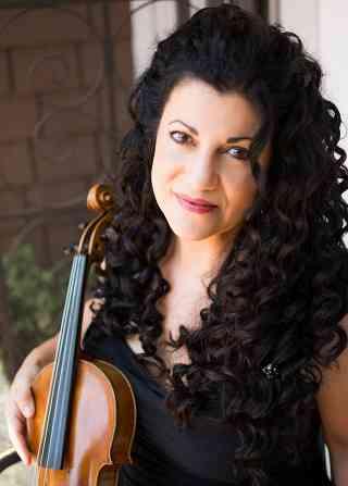 Andrea Altona