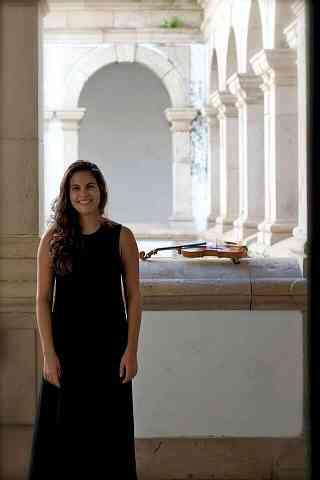 Sarah Fernandes