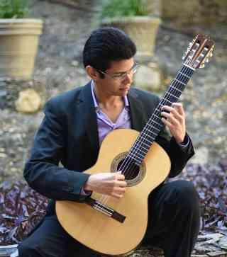 Luis Eduardo Villezca