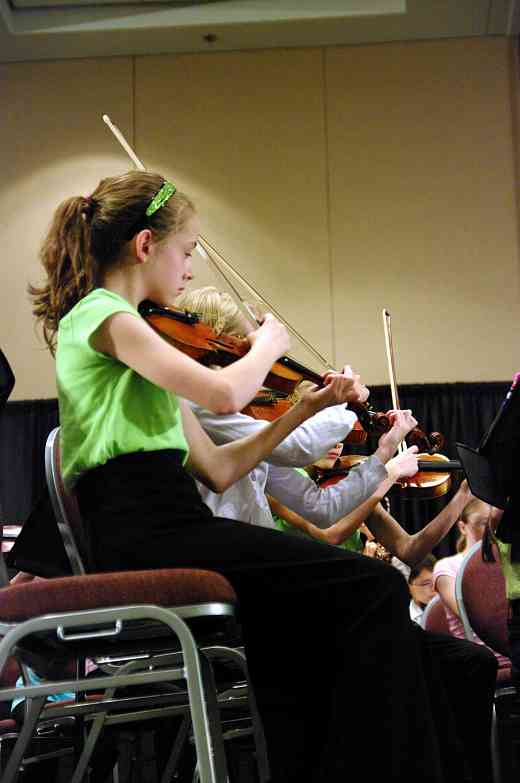 Violin in the SYOA concert at the 2010 Conference