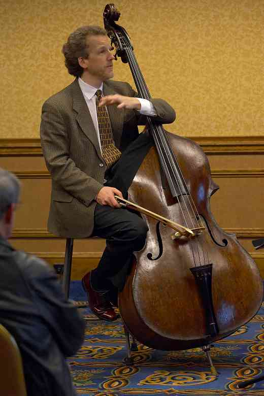 Peter Lloyd, bass clinician, at the 2006 SAA Conference