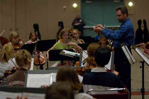 SYOA rehearsal with Robert Gillespie at the 2006 SAA Conference