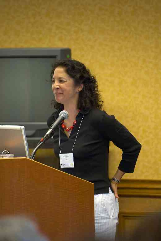 Michiko Yurko speaks at the 2006 SAA Conference