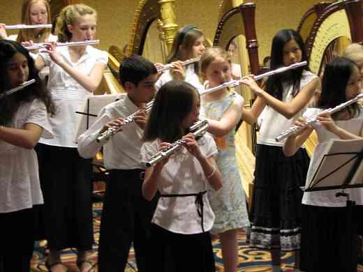 Flute and harp choir rehearsal.