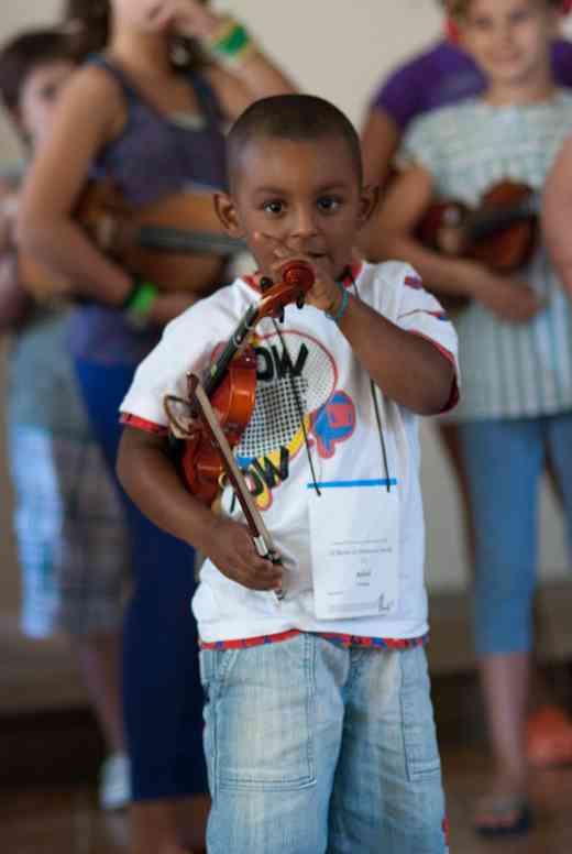 Violin student in Brazil