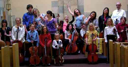 Cello benefit concert for Latin America