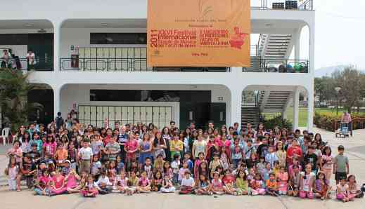 2011 Peru Festival Students
