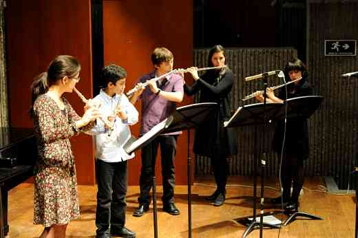 Chamber flute ensemble of the Javeriana University Programa Infantil y Juvenil with Diana Bettin