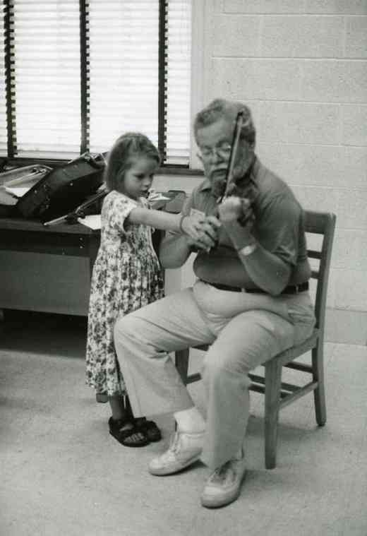 Violin lesson at South Carolina institute in 1994