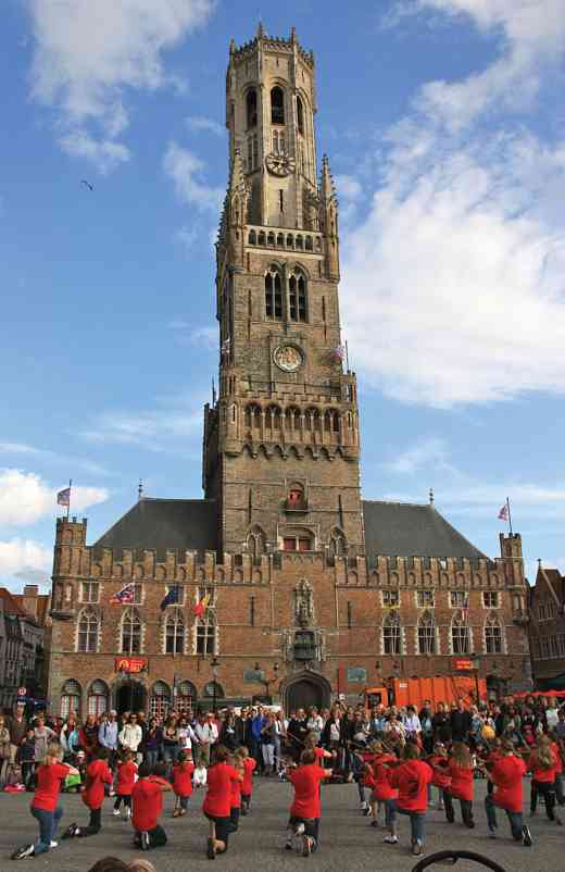 During the Bruges town square performance, Rocky Mountain Strings rotated to face the crowd around them