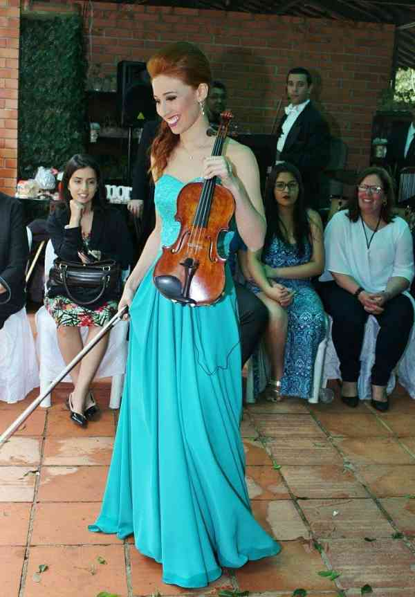 Raphaela Correa de Lacerda Campos