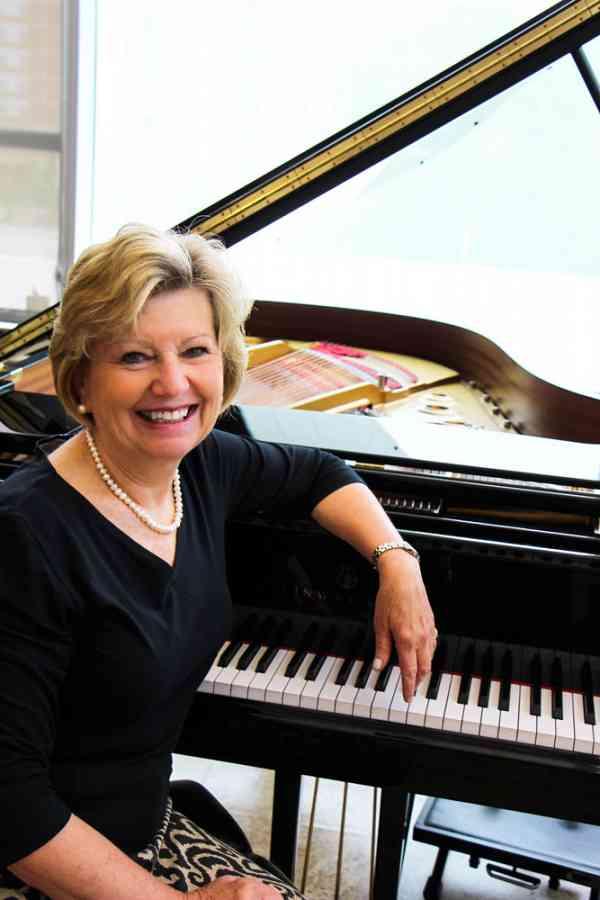 Fay Adams