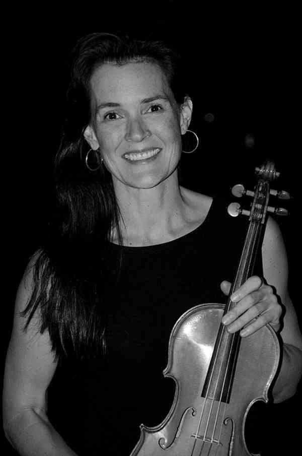 Moira Farrell