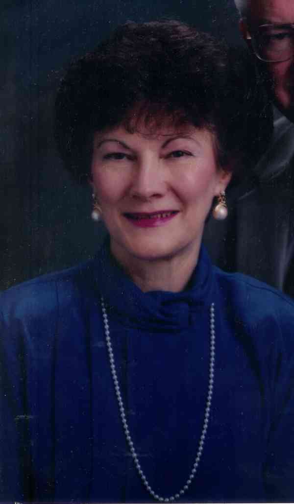 Karlyn Brett