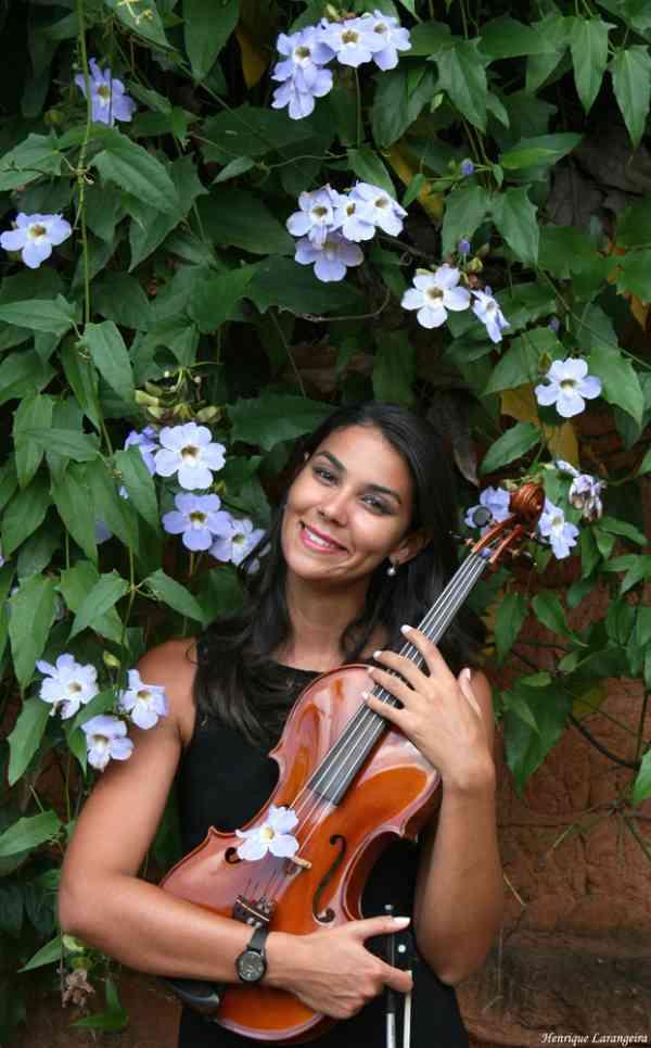 Kele Cristina Albuquerque Melo
