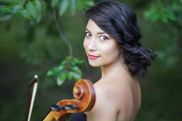 Melody Giron