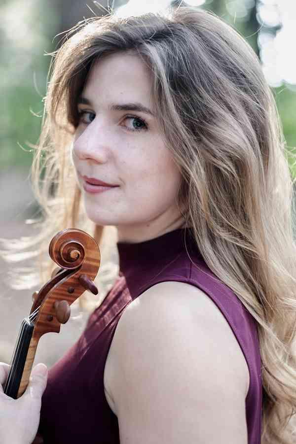 Laura Rose Williamson